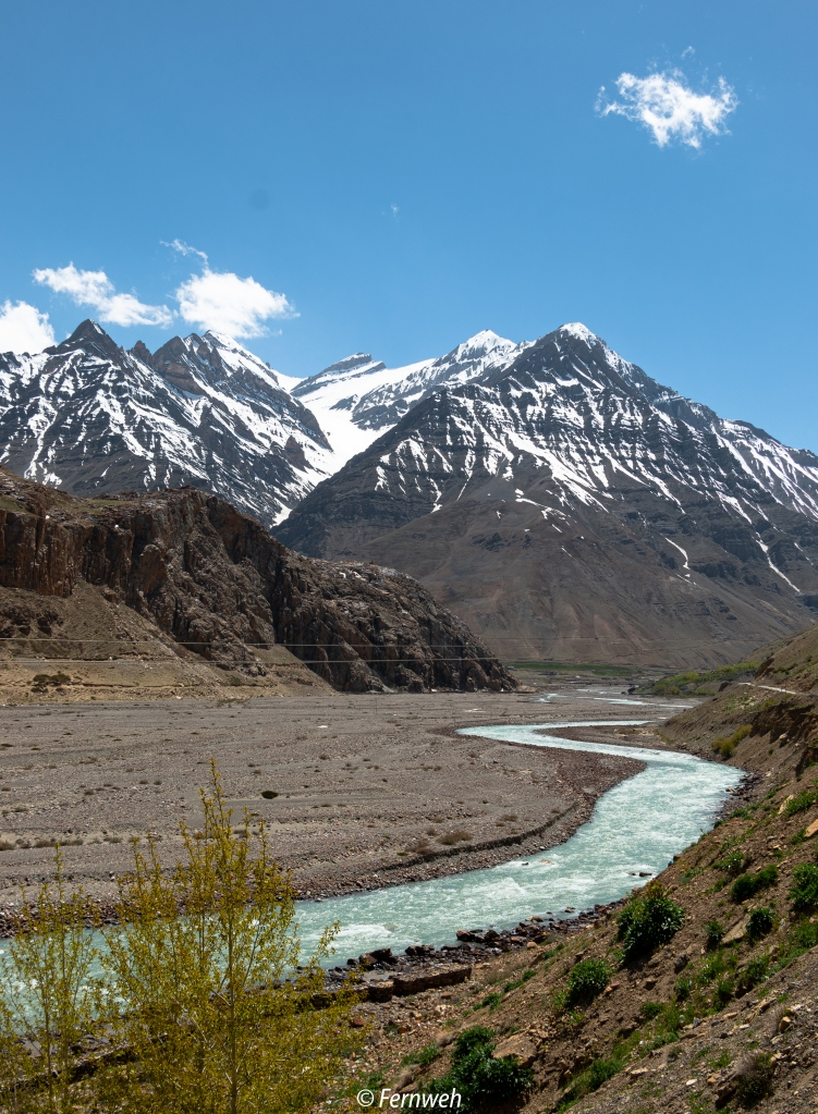 En route Mudh village. View of Pin river - Pin valley, near Kaza